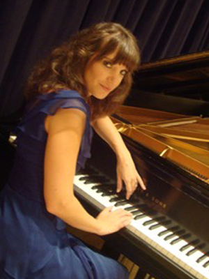 Helga Scheibert, piano